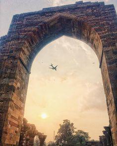A Sight of Royal with Aeroplane Place: Qutab Minar Delhi @captured_Insta @darkmornings @instagood @2instagood @chasingsouls #indianphotograhersclub #inframedrhapsody #_soi #creatingnuances #rsa_minimal #nikon_photos #oyemyclick #learnminimalism #topminimal #ig_minimalist #minimal_perfection #minimalmood #minimalismo #jj_minimalism #rsa_sky #artofvisuals #AOV #untoldvisuals #exploretocreate #createexplore #silhouette_creative #cannon_photos #trelltaledelhi #photofie #Desi_diaries #indiaig…