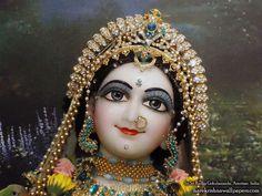 Sri Radha Close up Wallpaper (007)   Download Wallpaper: http://wallpapers.iskcondesiretree.com/sri-radha-close-up-iskcon-amritsar-wallpaper-007/  Subscribe to Hare Krishna Wallpapers: http://harekrishnawallpapers.com/subscribe/  #SrimatiRadharani
