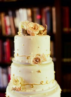 wedding cake idea; photo: Liz Banfield