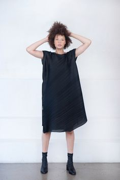 Pleats Please by Issey Miyake – Kick Pleat Japanese Fashion Designers, Youth Culture, Rachel Comey, Issey Miyake, Proenza Schouler, Vintage Inspired, High Neck Dress, Shirt Dress, Clothes For Women
