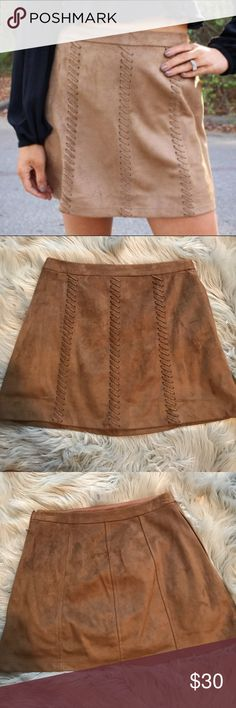 Brown suede skirt LUSH brown suede skirt with threaded design. Zips up on side. From Thirty-One Boutique. Skirts Mini