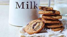 Classic Chocolate Chip Cookies - Grandparents.com