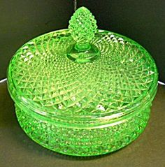 Green Vaseline Glass Powder Box