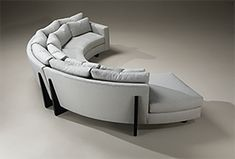 Relax upon an unconventional sofa that features a beautiful modern design. Explore fabric and color options with the Clip Sectional Sofa from Thayer Coggin. Gebogenes Sofa, Sofa Furniture, Luxury Furniture, Sofa Beds, Furniture Design, Car Sofa, Sleeper Sofas, Sectional Sofas, Daybed