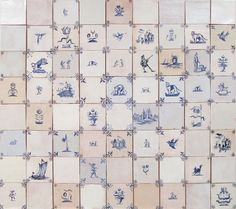 This fantastic Delft mix really is a classic. With a huge range of designs and corners, this layout is inspired by Packwood House, and makes use of the tiles in the most traditional sense. Travertine Backsplash, Stove Backsplash, Basement Fireplace, Barn Bathroom, Painting Ceramic Tiles, Delft Tiles, Kitchen Wall Tiles, Blue And White China, Kitchen Tops