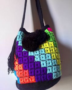 #wayuubag .. WHOLESALE... ALL COLORS  Very more designs and colors, hand made. #Handmade.. national and international shipments. From #colombia..... #Wayuu  Wsp +57 3007157231 .  write us by inbox. #wayuulovers  #taiwanese #thailands #pekin #beijing #honkong #china #asian #時尚 #提供 #海灘 #帽子屋 #手鐲 #手工製造 #批發 #出售 #袋 #Wayuu帽子 #夏 #太陽 u o #thailandshop #taiwanstyle