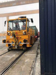 Los locotractores son vehículos de tracción ferroviaria de un alto nivel técnico, capaces de proporcionar grandes ahorros operativos gracias a sus excelentes prestaciones