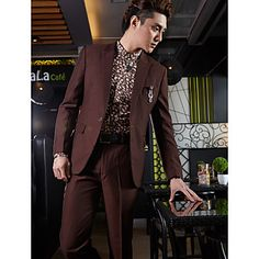 Tuxedos Tailored Fit Peak One-Button Cotton/Polyester Solid 2 Pieces burgundy – USD $ 127.99