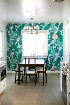 How to Install Your Own Wallpaper   Tropical print from @muralswallpaper