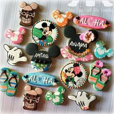 Marvelous Mickey Mouse Aloha Party Cookies made by You Can Call Me Sweetie