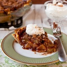 A streusel-topped apple pie filled with a cinnamon-Southern Comfort-caramel sauce
