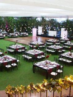 Cheap Wedding Venues Near Me Wedding Set Up, Wedding Table, Perfect Wedding, Wedding Events, Wedding Ceremony, Dream Wedding, Wedding Sparklers, Wedding Dress, Weddings