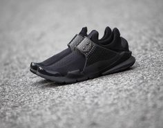 Additional Views Of The Nike Sock Dart Triple Black