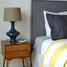 Love the side table! Bedroom Photos Mid Century Modern Design, Pictures, Remodel, Decor and Ideas - page 14