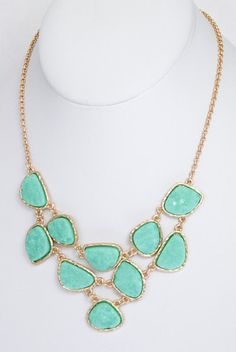 Daytrip Druzy Stone Necklace in Green Turquoise