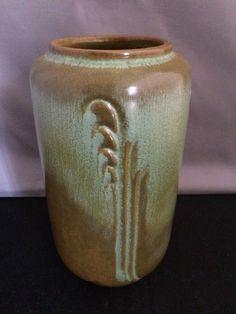 Frankoma Reed Vase (#28) in Prairie Green, ca. 1940s.