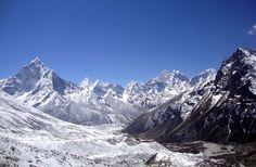 Alpine Everest base camp trek in February - Everest backpack vacations