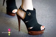 These Black Heels are to DIE for!!