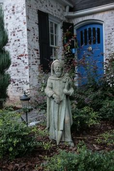 Celtic objects, fairies and spaces designed for children define this Atlanta garden tour.