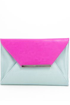 OVERSIZED COLOR BLOCK CLUTCH - Fuchsia & light blue