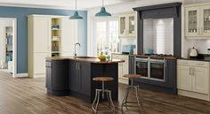 En un modelo clásico, también se puede prolongar la encimera para formar un pequeño espacio para desayunar.
