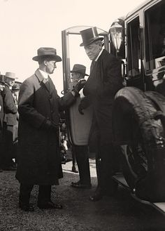 President Woodrow Wilson Here we present an absorbing photograph of Wilson, Woodrow. It was taken between 1916 and 1919 by Harris & Ewing.   The photo shows United States.