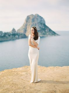 Photography : Oliver Fly Photography Read More on SMP: http://www.stylemepretty.com/little-black-book-blog/2016/04/15/pantones-color-of-the-year-sparkles-in-ibiza/