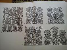 Magyar Otthon: Kalotaszegi nagyírásos Hungarian Embroidery, Folk Embroidery, Machine Embroidery Designs, Embroidery Stitches, Embroidery Patterns, Craft Patterns, Cool Patterns, Chain Stitch, Cross Stitch