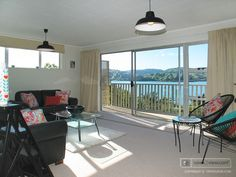 "Vendor shouted out from the rooftops....'I really don't want to rent it""   Dazzling water views over the Pauatahanui inlet  http://www.nz.open2view.com/properties/316851  Call Andy Cooling on 0800 468738 for your immediate viewing appointment."
