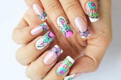 Mandalas sobre semi3 Creative Nail Designs, Toe Nail Designs, Creative Nails, Chic Nails, Love Nails, Fingernails Painted, Mandala Nails, Cute Spring Nails, Vintage Nails