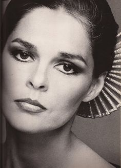 ali macgraw by Scavullo