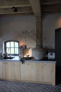 Interieurprojecten - Frieda Dorresteijn Dutch Kitchen, Farmhouse Style Kitchen, Kitchen Dinning Room, Basement Kitchen, Cabin Kitchens, Cottage Kitchens, Modern Outdoor Kitchen, Classic White Kitchen, Cocinas Kitchen