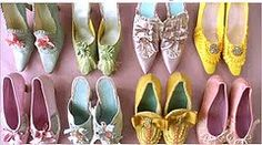 they look like little sweeties... Mmm shoes *drools*