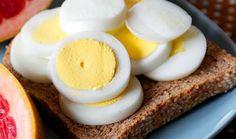 Postoji nekoliko verzija popularne dijete sa kuhanim jajima, a za vas smo izdvojili najumjereniju koja se bazira na smanjenom unosu ugljenihidrata. Da biste izbjegli monotoniju koja je čest razlog ...