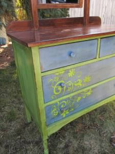 Spring Hill Green and Maine Harbor Blue mixtures.  Green heavy mix on sides; blue heavy on drawers.