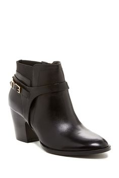 b06ab098a7da 36 Best Womens Footwear images