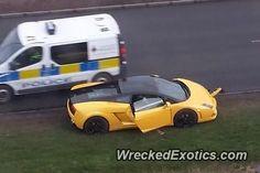 Cool Lamborghini: Lamborghini Gallardo LP 560-4 Bicolore crashed in UK  CARS: WRECKED EXOTICS 6 Check more at http://24car.top/2017/2017/06/01/lamborghini-lamborghini-gallardo-lp-560-4-bicolore-crashed-in-uk-cars-wrecked-exotics-6/