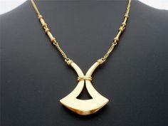 "Vintage Crown Trifari Necklace Signed Pendant Estate Gold Tone 20"" | eBay"