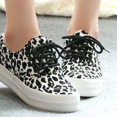 Leopard casual canvas shoes