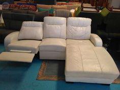 . Se vende sof� de piel relax,cheslon blanco buen estado