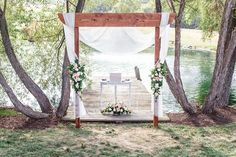 Photography : Harper Parker Photography Read More on SMP: http://www.stylemepretty.com/pennsylvania-weddings/lancaster/2015/04/23/rustic-chic-wedding-at-the-farm-at-eagles-ridge/