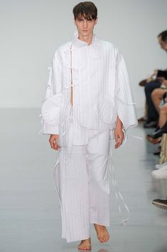 Cheongsam closure, mulltiple tiestring and deconstrucivism at Craig Green Spring 2015 Menswear - Collection - Gallery - Style.com