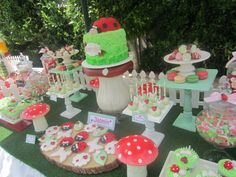 ladybug garden party via #babyshowerideas #ladybugparty #partyideas Baby shower ideas for boy or girl
