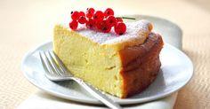 Tvarohový koláč – královský pokrm. Je velmi snadný a potěší děti i dospělé.Tento jednoduchý dezert je fantastický.Příprava není vůbec složitá a potřebujeme na něj běžné suroviny. Zkuste tvarohový koláč podle níže uvedeného receptu a budete mile překvapeni. Co budeme potřebovat: 500 g tvarohu Cukr 100 g 100 g krupice 50 g mléka 50 g másla …