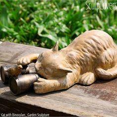 cat with binocular - eclectic garden statues and yard art Crazy Cat Lady, Crazy Cats, Garden Whimsy, Garden Statues, Garden Sculptures, Silly Cats, Mosaic Garden, Cat Decor, Litter Box