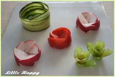 Bento Recipes, Cooking Recipes, Bacon Wrapped Potatoes, Fruit Garnish, Fruit And Vegetable Carving, Food Carving, Food Garnishes, Fruit Arrangements, Food Decoration