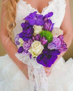 Csipkevirág Esküvői Dekoráció🌷 (@csipkevirag) • Instagram photos and videos Walking Down The Aisle, Brides, Hold On, Smile, Love, Instagram, Amor, Naruto Sad, Wedding Bride