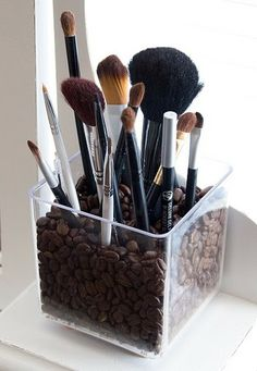 Love this idea.... Organization, plus the scent would help me wake up in the morning!