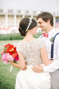 Photography: Kay English - www.kayenglishphotography.com  Read More: http://www.stylemepretty.com/2015/03/05/preppy-vintage-wedding-inspiration/