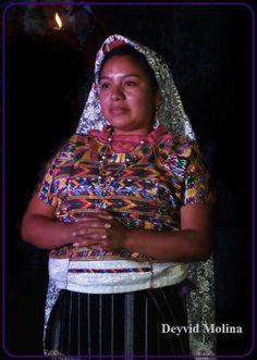 Traje ceremonial de Santa Maria Cunen, Quiche.